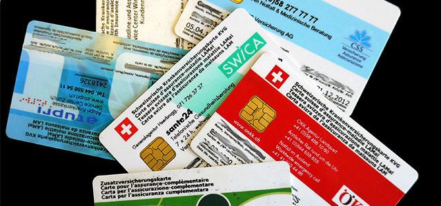 Schweizerische Krankenversicherungskarten diverser Anbieter